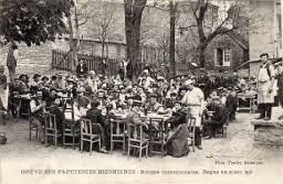 Grève des papeteries bizontines. Soupe communiste. Repas en plain air, Besançon, 1907.